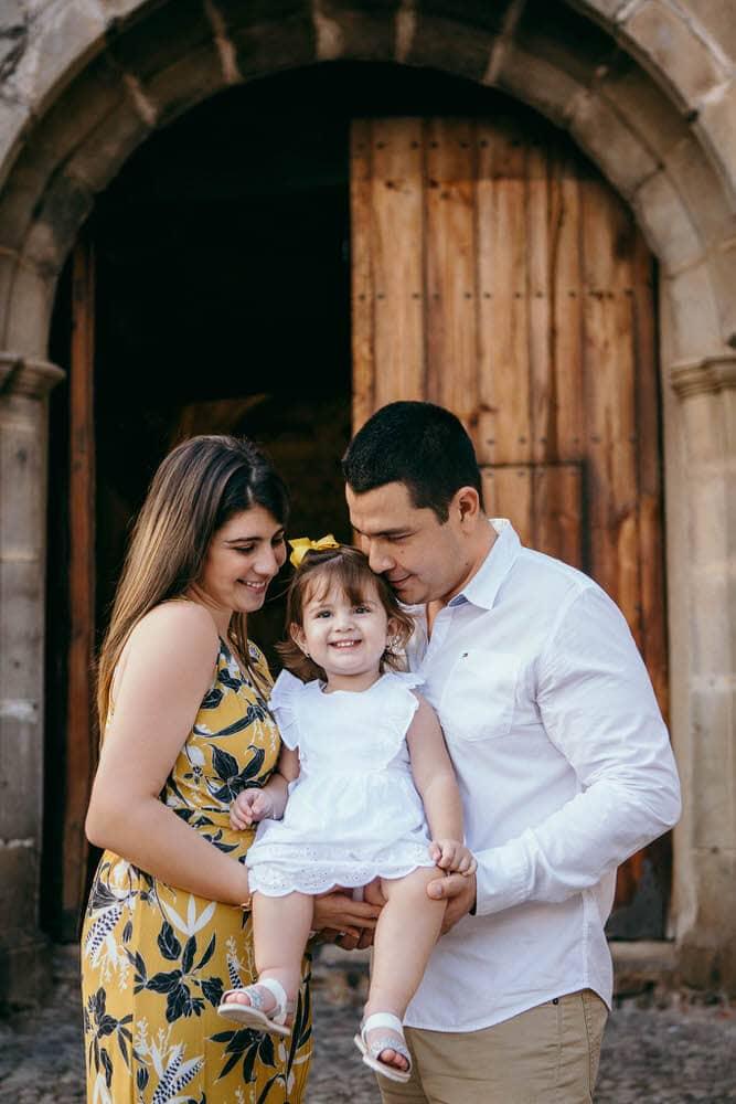 Sesión de fotos de familia en Antigua Guatemala