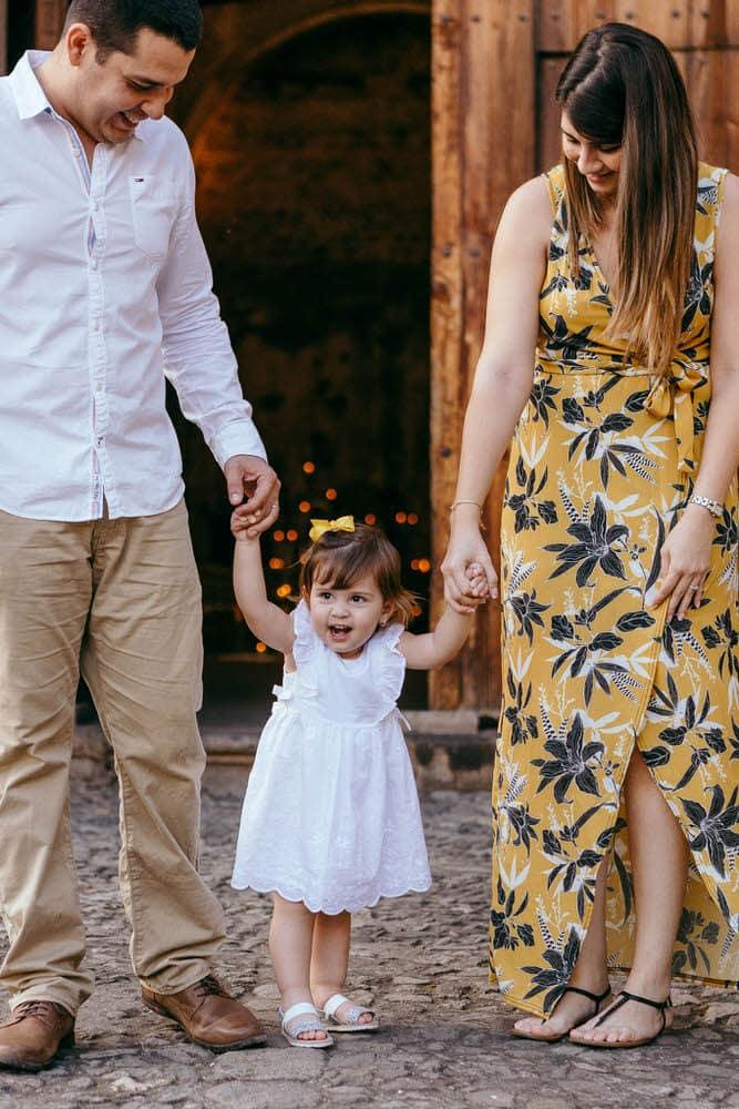 Familia posando para la foto