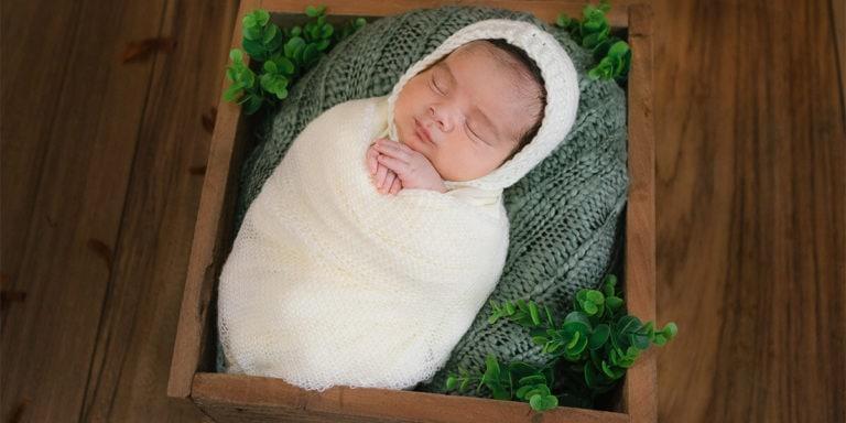 Sesión en estudio de recién nacido ó Newborn