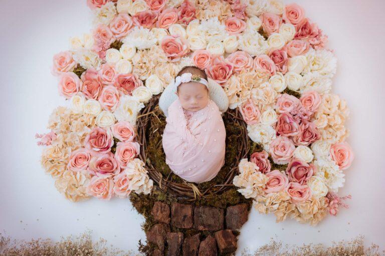 sesión de fotos artistica de recién nacido.